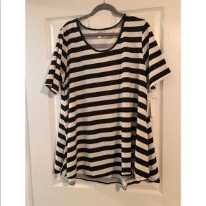 Lularoe Black&White strip perfect T top